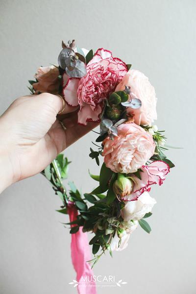 734756dac7 Wianki ze świeżych kwiatów